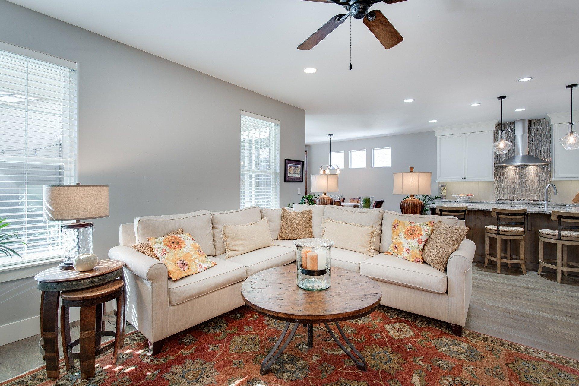 从设计到装饰搭配轻奢家具满足一切品质要求